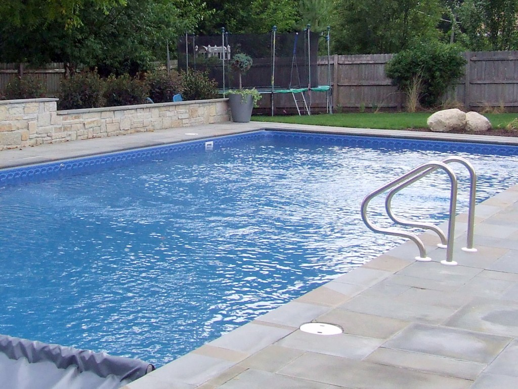 What is the life expectancy of an in ground vinyl liner for Inground pool liners