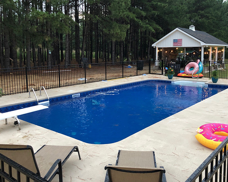 wallace_pool_liner2