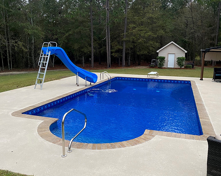 wallace_pool_liner3